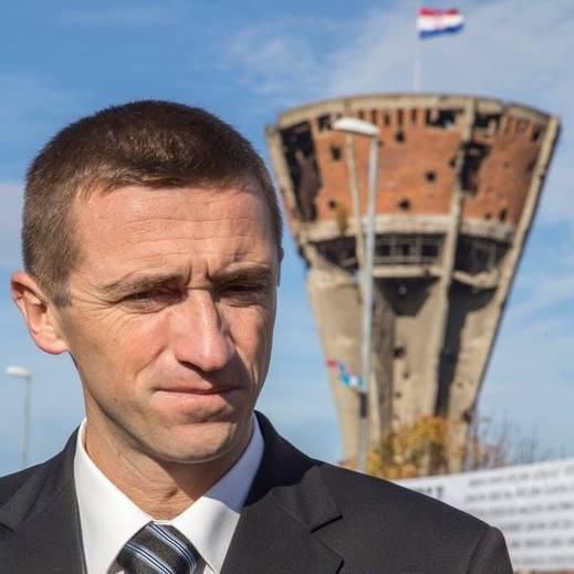INTERVJU] Ivan Penava – gradonačelnik Vukovara: Ovo je kruna veze ...
